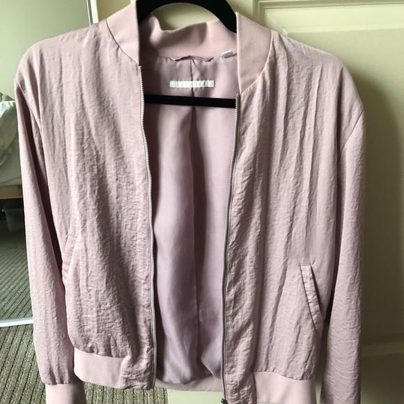 Uniqlo Jackets & Blazers - Light Pink Uniqlo Bomber